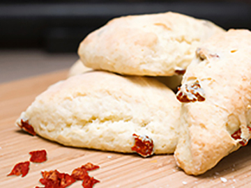 Sundried tomato scones